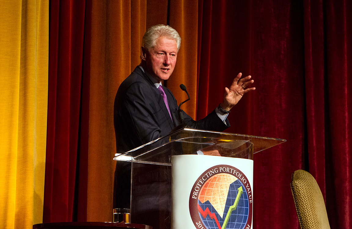 Public speaking photography with President Bill Clinton